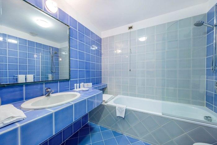 bathroom-comfort-classic-img_8295-700x467