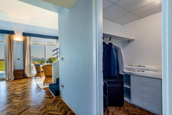 closet-suite-401-img_8055-700x467